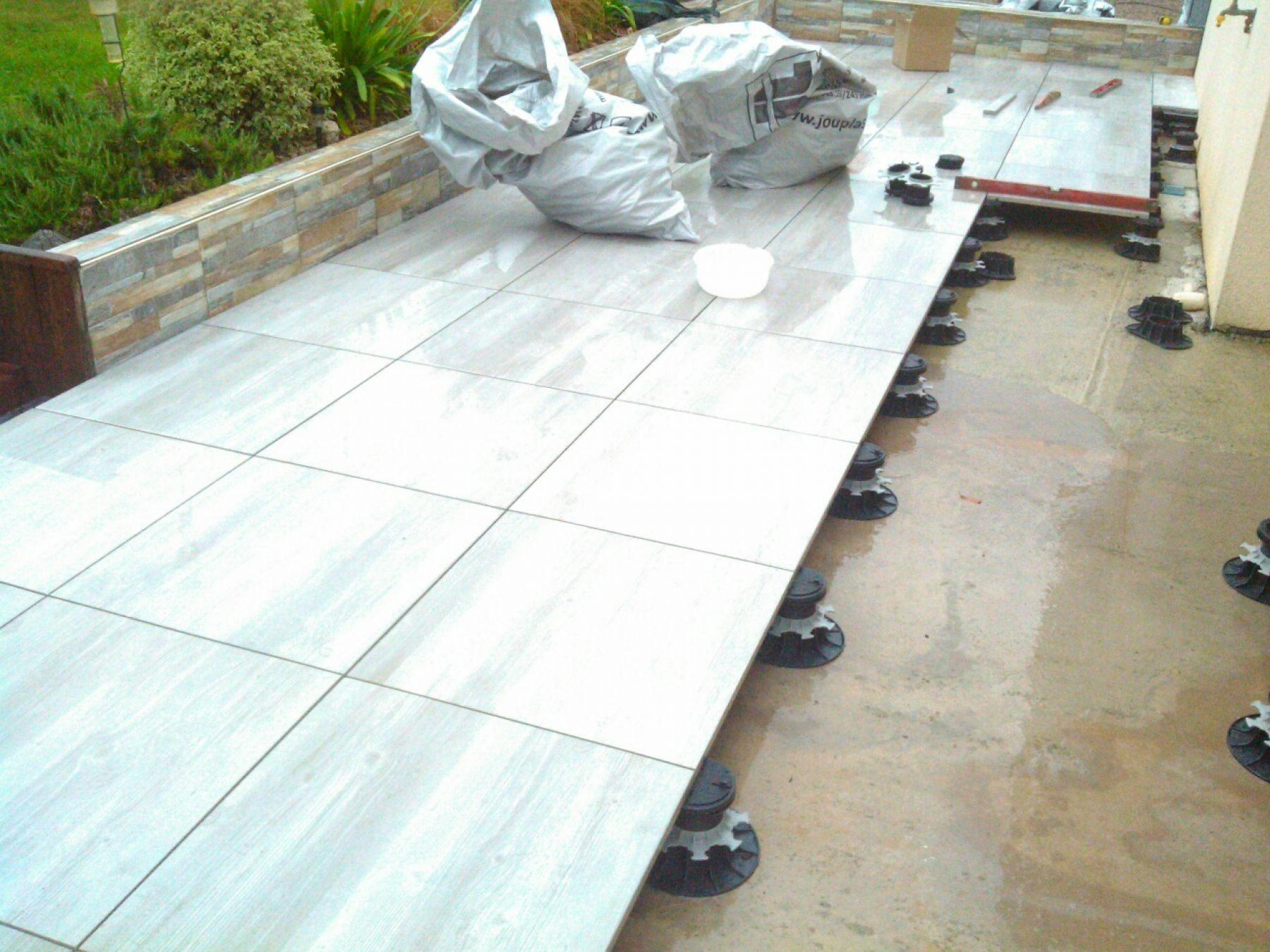 Carrelage terrasse for Carrelage sur plots